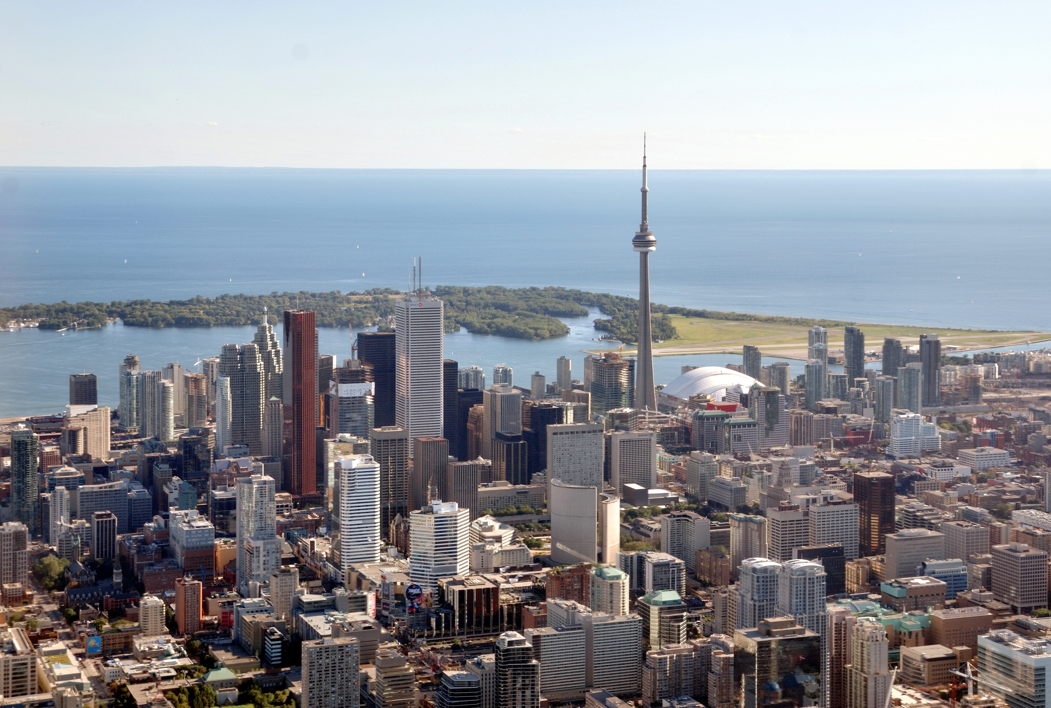 Aerial view of downtown Toronto with view of Toronto Islands and Lake Ontario in the background.jpg - Thalesgroup