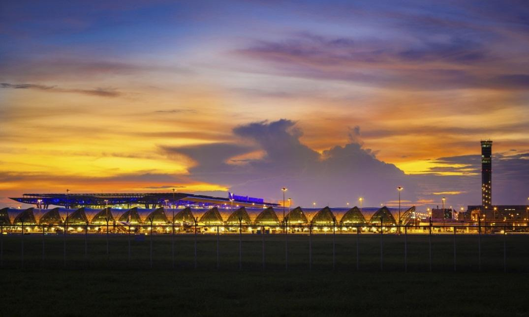 Thales supplied Bangkok-Suvarnabhumi International Airport (BKK) with the world's first fully integrated Air Traffic Management (ATM) system  - Thalesgroup