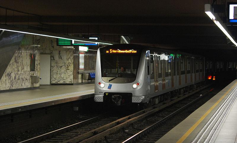 Thales supplied the train management system for lines L1/5 and L2/6 of the Brussels metro  - Thalesgroup