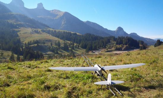 Spy Ranger mini-drones for reconnaissance and field surveillance - Thales Group